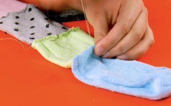 Idee riutilizzo calzini rotti